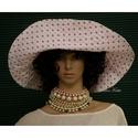RIVIÉRA - extravagáns kalap, Ruha, divat, cipő, Női ruha, Kendő, sál, sapka, kesztyű, Sapka, Ez a széles karimájú kalap nemcsak látványos, de jól védi a fejet és a nyakat a káros napsugaraktól...., Meska
