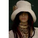 DERBY - lenvászon design-kalap , Széles karimájú, tűzött- felhajtós elejű ka...