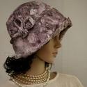 """MALINKA - brokátmintás flapper kalap, Ruha, divat, cipő, Női ruha, Kendő, sál, sapka, kesztyű, Sapka, Az 1920-as évek divatja köszön vissza """"Malinka"""" fantázianevű romantikus design-kalapjaimon.  Ez a ro..., Meska"""