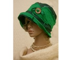 FANNI cloche - mesezöld design kalap, Ruha, divat, cipő, Kendő, sál, sapka, kesztyű, Sapka, Női ruha, Különleges kalapom harang-szabása az 1920-as évek flapper divatját idézi. Ez a forma szinte minden N..., Meska