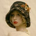 FANNI cloche - exkluzív design kalap, Ruha, divat, cipő, Kendő, sál, sapka, kesztyű, Sapka, Női ruha, Különleges kalapom harang-szabása az 1920-as évek flapper divatját idézi. Ez a forma szinte minden N..., Meska