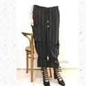 ELVIRA - lagenlook nadrág , Ruha, divat, cipő, Női ruha, Nadrág, Fekete-fehér csíkos, puha lenszövetből készítettem ezt a kedvelt fazonom: Aszimmetrikus nagy zsebek,..., Meska