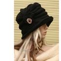 """ERNA cloche -fekete polár flapper kalap, Ruha, divat, cipő, Női ruha, Kendő, sál, sapka, kesztyű, Sapka, Az 1920-as évek flapper divatja köszön vissza """"ERNA"""" fantázianevű, rakott-tetejű, harang-szabású, mé..., Meska"""