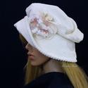 """ANDERSEN - fehér kord design-kalap, Ruha, divat, cipő, Kendő, sál, sapka, kesztyű, Sapka, Női ruha, Fehér, selymes fényű elefántkordból készítettem ezt a romantikus """"mesebeli"""" kalapom. Ernyős nagy kar..., Meska"""