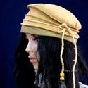 FILC-TOK :  bohém kalapka, Ruha, divat, cipő, Kendő, sál, sapka, kesztyű, Sapka, Női ruha, Mogyoró-szín filc-csíkokból kívül varrt, színezett szélű, béleletlen kalapocska rátekert cukorspárga..., Meska
