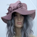 KEIRA - bohém-romantikus design-kalap, Ruha, divat, cipő, Női ruha, Kendő, sál, sapka, kesztyű, Sapka, Ez a hullámos, tűzött karimájú , cikkekből szabott tetejű bohém kalapom mályva-színű pamutvászonból ..., Meska