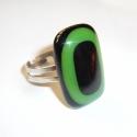 Körök üvegékszer gyűrű, Fekete és zöld spektrum üvegből, olvasztásos ...