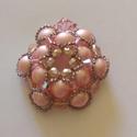 Romantikus rózsaszín medál, Ékszer, Esküvő, Medál, Esküvői ékszer, Rózsaszín teklagyöngyökből és áttetsző üveggyöngyökből készítettem ezt a romantikus st..., Meska