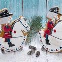 Diótörő ül a lovon, Dekoráció, Karácsonyi, adventi apróságok, Ünnepi dekoráció, Karácsonyi dekoráció, Mézeskalácssütés, 12 cm* 15 cm-es ünnepi mézeskalács.   A termék kizárólag kézzel készített.  Egységár: 2.200 Ft/db  ..., Meska