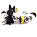 I love my DOG! - fekete fehér és sárga karkötő pandora stílusban kutyásoknak, Ékszer, óra, Karkötő, Gyöngyfűzés, Ékszerkészítés, Egy fekete, narancssárga nyakörves kutya alakú, valamint fekete alapon fehér csíkos, sárga-narancs ..., Meska