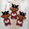 Csokornyakkendős rénszarvas  ( 3 db ) -  karácsonyfadísz, Dekoráció, Karácsonyi, adventi apróságok, Ünnepi dekoráció, Karácsonyfadísz, Karácsonyi dekoráció, Ajándékkísérő, képeslap, Gyapjúfilcből készültek rénszarvasaim.  Flíz tömőanyagot használtam, agancsuk horgolt. Ajánlom karác..., Meska