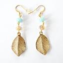 """""""BOHO 1."""" trendi leveles füli arany és égkék színben: egyedi darab!, Ékszer, Esküvő, Fülbevaló, Esküvői ékszer, Egyedi és különleges fülbevaló, világos akvamarin-kék kvarcokkal és arany színű fazettált..., Meska"""