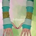 Zöld árnyalatos karmelegítő, Ruha, divat, cipő, Kendő, sál, sapka, kesztyű, Kesztyű, Női ruha, Ősztől-tavaszig kellemes és vidám kiegészítője lehet öltözékednek ez zöldes anyagokból készült karme..., Meska