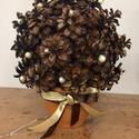 Mini natur tobozbokor, Dekoráció, Ünnepi dekoráció, Karácsonyi, adventi apróságok, Karácsonyi dekoráció, Asztaldísz, Mindenmás, Virágkötés,  Egy újabb változat a természetesség híveinek! Ez a kis tobozbokor cserépbe ültetve, arany barna sz..., Meska