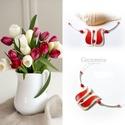 Piros tulipán - gyöngyház nyakék, Ékszer, óra, Esküvő, Nyaklánc, Esküvői ékszer, Ékszerkészítés, Festett tárgyak, Egyedi, kézzel festett gyöngyház nyakék.  A tulipán a nőiség szimbóluma, a termékenység energiáit h..., Meska
