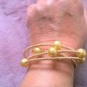 Karkötő Arany ragyogása. Arany színű gyöngyökből készült memória  karkötő, Ékszer, Karkötő, Arany ragyogása. Arany színű különböző méretű gyöngyökből készült memória  karkötőt..., Meska