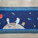 Űrhajós falvédő, Gyerek & játék, Gyerekszoba, Falvédő, takaró, 200x85 cm-es falvédő gépi applikációs és patchwork technikával az űrhajózás ifjú szerelmeseinek. Az ..., Meska