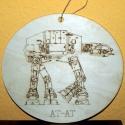 STAR WARS AT-AT lépegető gravírozott fa falikép, Dekoráció, Otthon, lakberendezés, Kép, Falikép, Fából, kézzel és lézervágással és gravírozással készített magyar termék, új. Méret: 27 x 25 cm..., Meska