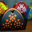 Szivecskés színes ajándékdobozok többféle színben 5 db, Mindenmás, Dekoráció, Ünnepi dekoráció,  Esküvőre, születésnapra, névnapra, valentin napra...  Kartonpapírból lézervágással készített magyar..., Meska