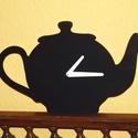 Fából készült fekete teáskanna falióra, Ékszer, Dekoráció, Otthon, lakberendezés, Falióra, óra, Fából, kézzel és lézervágással készített magyar termék, új.   Méret: 21 x 35 cm, Meska