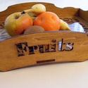 Fa gyümölcsös tálca, Otthon, lakberendezés, Konyhafelszerelés, Tálca, Tárolóeszköz, Fából készült tálca, alján üvegbetéttel. Festve, kezelve, így a konyhában is használható..., Meska