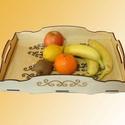 Fa gyümölcsös tálca, Otthon, lakberendezés, Konyhafelszerelés, Tálca, Kenyértartó, Fából készült tálca, alján üvegbetéttel. Felülete kezelve, így a konyhában is használhat..., Meska