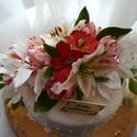 Tortadísz-cukorvirág, Esküvő, Dekoráció, Esküvői dekoráció, Esküvői csokor, Virágkötés, Mindenmás, Egyedi kézzel, drótozott technikával készített cukorvirágok.Megtévesztésig hasonlítanak az eredetih..., Meska