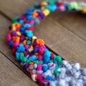 POP nyaklánc - szürke/multikolor, Ékszer, óra, Mindenmás, Nyaklánc, Ékszerkészítés, Újrahasznosított alapanyagból készült termékek, Egyedi textúrájú, saját fejlesztésű pop-textilből készült sokszálas, hátul megkötővel szabályozható..., Meska