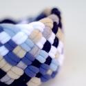 TRIBEQUA - textil karkötő, skék/acélkék/beige/fehér, Textilkarkötő élénk színekben, lágy vonalakk...