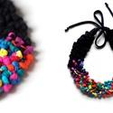 POP nyaklánc - szivárvány/fekete, Ékszer, Mindenmás, Nyaklánc, Egyedi textúrájú, saját fejlesztésű pop-textilből készült sokszálas, hátul megkötővel szabályozható ..., Meska