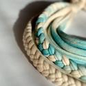 Sokszálas fonott BASIC nyaklánc - beige/türkiz, Klasszikus sokszálas nyaklánc kizárólag textil...