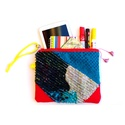 Zippzáras clutch - kék/piros/sárga, Táska, Neszesszer, Slashing technikával, kézzel készült tatyó, nesszeszer, pamut béléssel, zippzárral. A táska újrahasz..., Meska