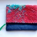 Foldover clutch/visszahajtható táska - kék/piros/zöld, Táska, Neszesszer, Slashing technikával, kézzel készült visszahajtható kistáska pamut béléssel, zippzárral. A táska újr..., Meska