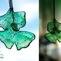 Plabodot GINKGO fülbevaló - zöld, Ékszer, óra, Fülbevaló, Kézzel készített és festett PLABODOT GInkgo fülbevaló nikkelmentes szerelékkel. Kb 2,5*3,5cm, hossz ..., Meska
