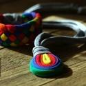 LOOG nyaklánc +Tribequa karkötő - szivárvány, Ékszer, Nyaklánc, Visszafogott, csepp alakú medálos nyaklánc: LOOG, melyet vonzanak a lengébb ruhadarabok, nyári felső..., Meska