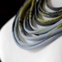 Sokszálas graffiti BASIC nyaklánc - szürke/mustár, Ékszer, Nyaklánc, Sokszálas nyaklánc kizárólag textilből készítve. Nem tartalmaz allergén anyagokat.  Hossza állítható..., Meska