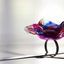 Plabodot RINGRING gyűrű - lila/pink/narancs, Ékszer, Gyűrű, Kb 4,5 cm átmérőjű, virág alakú, pillesúlyú, PETpalack-szirmokból készült gyűrű mintázva, festve, ké..., Meska