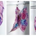 Plabodot Tollafülbe fülbevaló - lila/kék/rózsaszín, Ékszer, Fülbevaló, PET palackból kézzel készített és festett PLABODOT Dandelion fülbevaló nikkelmentes szerelékkel. Kb ..., Meska