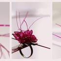 Plabodot RINGRING gyűrű - kócos pink, Ékszer, Gyűrű, Kb 2,5-3 cm átmérőjű, virág alakú, kócos, pillesúlyú, PETpalack-szirmokból készült gyűrű mintázva, f..., Meska