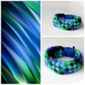 TRIBEQUA - textil karkötő, kék/zöld, Ékszer, Karkötő, Textilkarkötő puha, fonott kivitelben, élénk színekben.  Hossza kb 17-18cm. Szélessége kb 3 cm.  Kér..., Meska