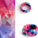 Tribequa textil gyűrű - 16mm, pink-kék-lazac, Ékszer, Gyűrű, Textilgyűrű puha, rugalmas, fonott kivitelben.  Belső átmérője kb 16mm. Szélessége: 10mm.  Kérhető m..., Meska