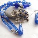 A szerencse kékben érkezik... ásvány és lámpagyöngyös nyaklánc és fülbevaló, Ékszer, Nyaklánc, Fülbevaló, Ékszerszett, Antik ezüst színű szerencsehozó elefánt, kék kristályokkal díszítve, achát csepp függővel. Ehhez a m..., Meska