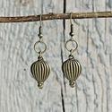 Vintage - hőlégballon fülbevaló, Ékszer, óra, Fülbevaló, Egyszerű, vintage hőlégballon fülbevaló. Tökéletes, romantikus ékszer a mindennapokra  Fülbevaló mér..., Meska
