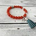 Boho - narancssárga achát bojtos karkötő, Ékszer, Karkötő, Az achát stabilizáló és erősítő hatású, elősegíti a belső egyensúlyt.  Az achát kő gyógyít, biztonsá..., Meska
