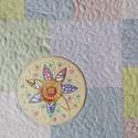 TAVASZHÍRNÖK - patchwork párna, Imádom a táskák maradék anyagait rakosgatni, s...
