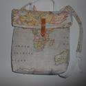 TEXTIL HÁTIZSÁK TÉRKÉP MINTÁVAL beige színben, Táska, Hátizsák, Varrás, Pamutvászonból készített hátizsák,ami kézben is hordható.Nagyon szeretem a térképes anyagokat,így e..., Meska