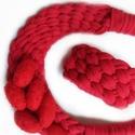 Som ékszerszett textilből, Ékszer, Ékszerszett, Nyaklánc, Karkötő, Ékszerkészítés, Újrahasznosított alapanyagból készült termékek, A szép textúrák teszik különlegessé ezt az ékszerszettet. A szin pedig piros alapon piros, hálás da..., Meska