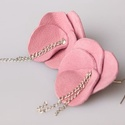 Lilac rose bloom - bőr fülbevaló - leather earrings, Ékszer, óra, Fülbevaló, Ékszerkészítés, Bőrművesség, Bőr és lánc kombinációja valódi ezüst akasztóval. Pihepuha bőr visszafogott, vékony, elegáns láncca..., Meska