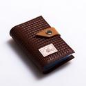 Chocolate bar - bankkártya tartó, Táska, Pénztárca, tok, tárca, Pénztárca, Erszény, Bőrművesség, Varrás, Design:   Stílusos, csajos bankkártya tartót készítettem vastag marhabőrből. 12 részes műanyag kárt..., Meska