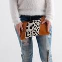 Wild in fall - valódi bőr és szőr táska, Táska, Válltáska, oldaltáska, A táskám valódi bőr és szőr kombinációja. Jól pakolható lap kistáska a mindennapokra. Hor..., Meska